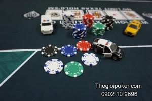 phinh-poker-khong-so-cao-cap-500-chip